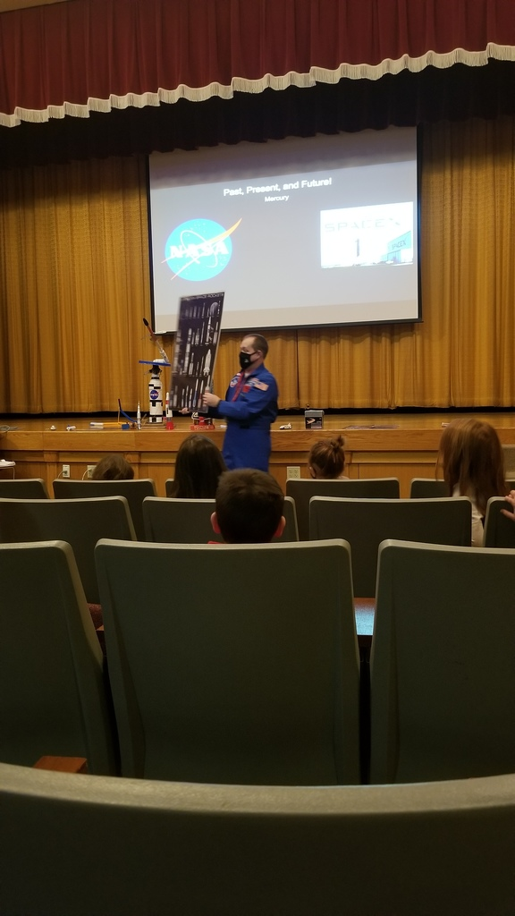 The first graders enjoyed learning about space with Mr. Monteith this morning. We learned a lot about his experience at space academy! Some of us were even lucky enough to launch a rocket!