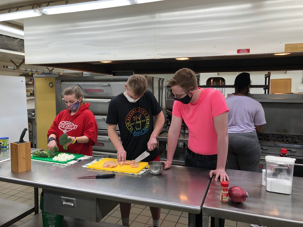 "Mrs. Schmitt's Advanced Foods students sent wonderful smells of stir-fry throughout the halls this week. The students mastered the skills and steps of creating a stir-fry in a wok. There is a lot more to it than you would think! This unit also included the casseroles with vocabulary and their history. ""Way to go Advanced Foods students and keep up the great wok!"""