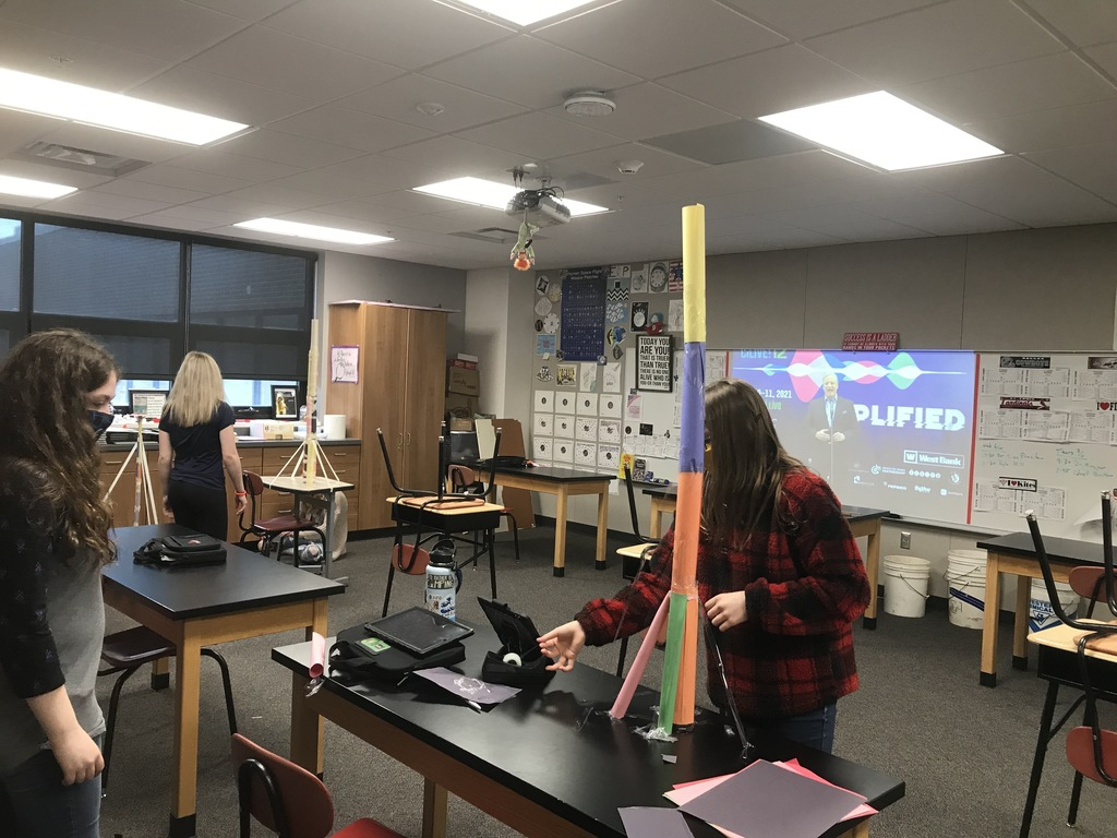 The Extended Learning Program students have been busy building their paper towers for the #FluorChallenge, watching world-renowned speakers at Celebrate Innovation Live #ciLive. Also on the board is all the brackets the 5th-8th grade ELP students completed for March Mammal Madness #2021MMM.