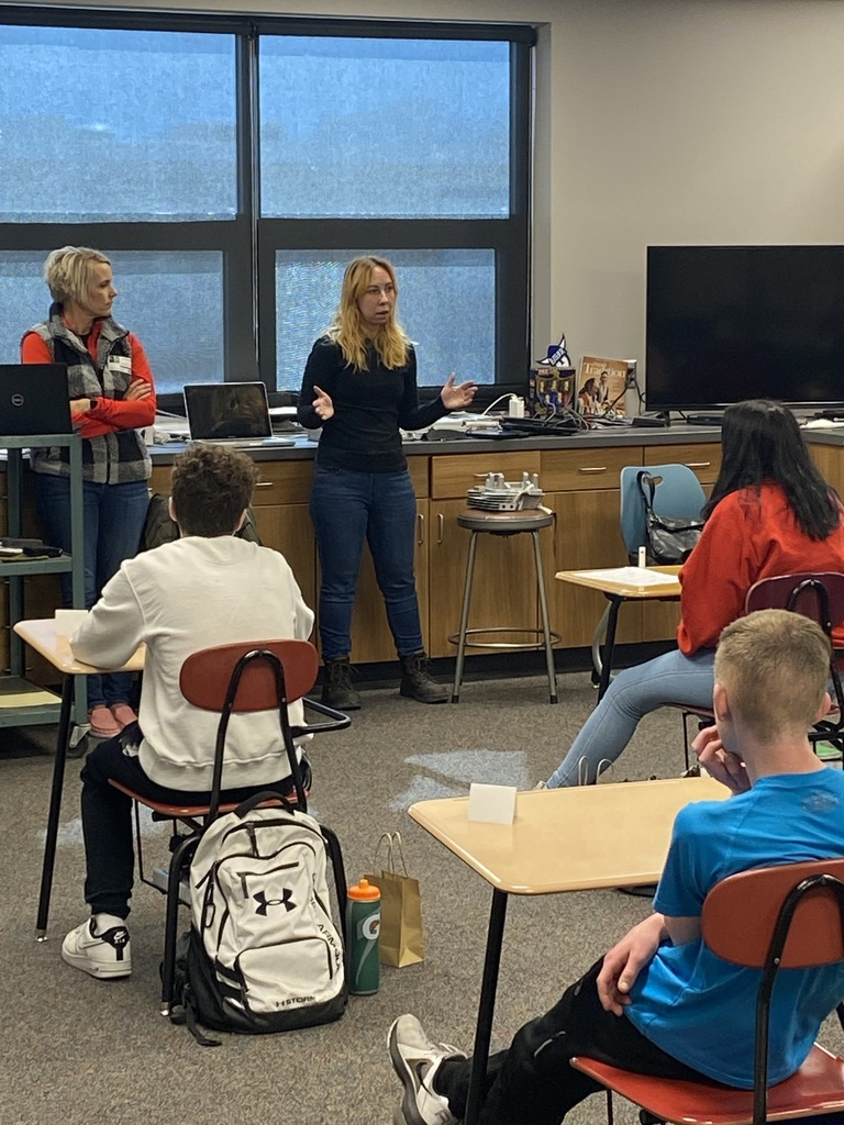 Tuesday students were fortunate to have professional speakers Nick Noehl (LeisureTime Golf Cars), Lynn Hopp (Trimark), and Teresa Weber, Shannon Westin (Atek) come and speak to them about these great businesses and career opportunities that we have right here in New Hampton.  Thank You Speakers.